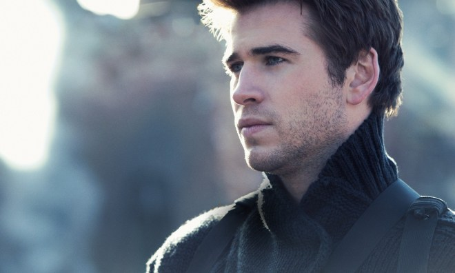 Liam-Hemsworth-In-The-Hunger-Games-Mockingjay-Part-1-Images