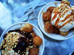 Honey Puff sundae with nutella and caramel.