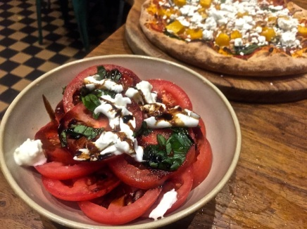 Tomato & buffalo mozzarella salad, caramelised balsamic reduction & fresh basil.