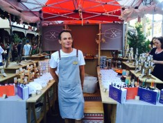 Dean from The Design Farm ... you won't him online so don't miss out on dropping by the Christmas Markets to get your hands on some goodies! Or find his products at one of my favourite stores, Lamington at Noosa.
