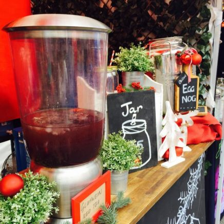 Among the flavours of iced tea is the gluhwein (no idea how to pronounce that!) which is a mix of lemon and raspberry with some chai spice mixed in as an ode to mulled wine.