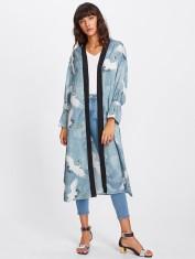 Crane_Neckline_Kimono