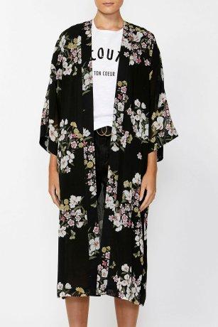 Decjuba_Helena_Kimono