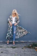 She_Street_Azure_Kimono