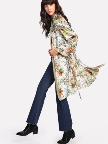 SheIn_Floral_Velvet_Kimono